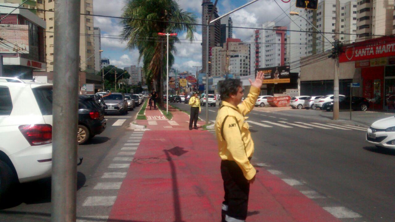 semafor 2
